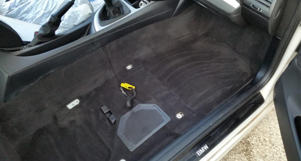 Nettoyage tapis intérieur voiture Poitiers